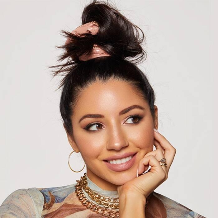 Bỏ túi bí quyết giúp tóc giảm gãy rụng từ nhà tạo mẫu tóc hàng đầu Hollywood Justine Marjan - Ảnh 4.