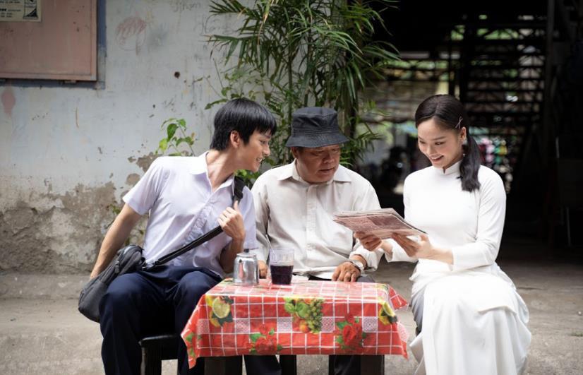 Miu Lê trở lại với MV bắt trend Mãi bên nhau bạn nhé - Ảnh 1.