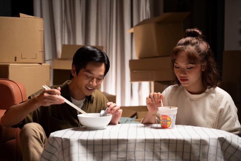 Miu Lê trở lại với MV bắt trend Mãi bên nhau bạn nhé - Ảnh 3.