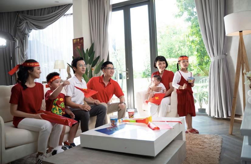 Miu Lê trở lại với MV bắt trend Mãi bên nhau bạn nhé - Ảnh 6.