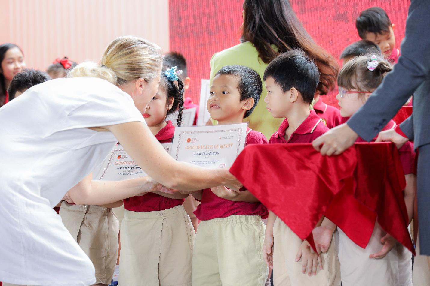 Giáo dục trẻ trong xã hội hiện đại – khả năng thích ứng và linh hoạt thay đổi - Ảnh 1.