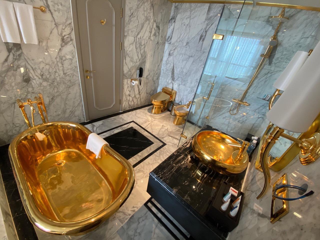 Chương trình khuyến mãi hấp dẫn của khách sạn dát vàng 8 sao Dolce Hanoi Golden lake - Ảnh 8.