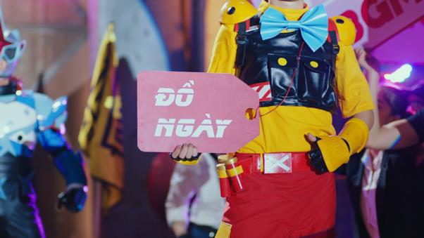 """""""Mặn như muối"""" - MV LAG LOVE của Bùi Công Nam kết hợp cùng PUBG Mobile đang khiến cư dân mạng xem mãi không chán! - Ảnh 5."""