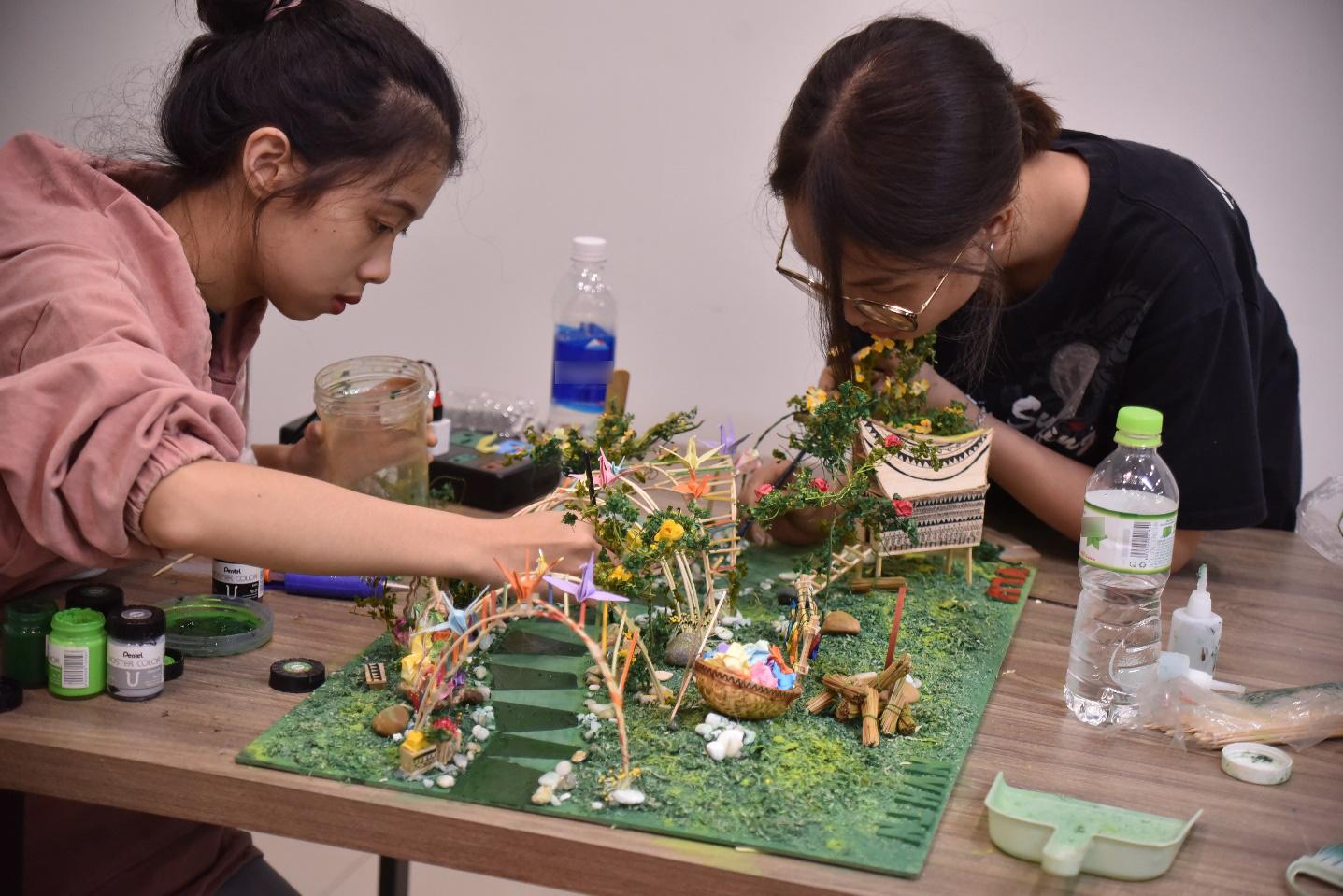 Lần đầu tiên Nhà Văn hóa Thanh niên cộng tác cùng sinh viên ĐH Văn Lang thực hiện Lễ hội Tết Việt - Ảnh 2.