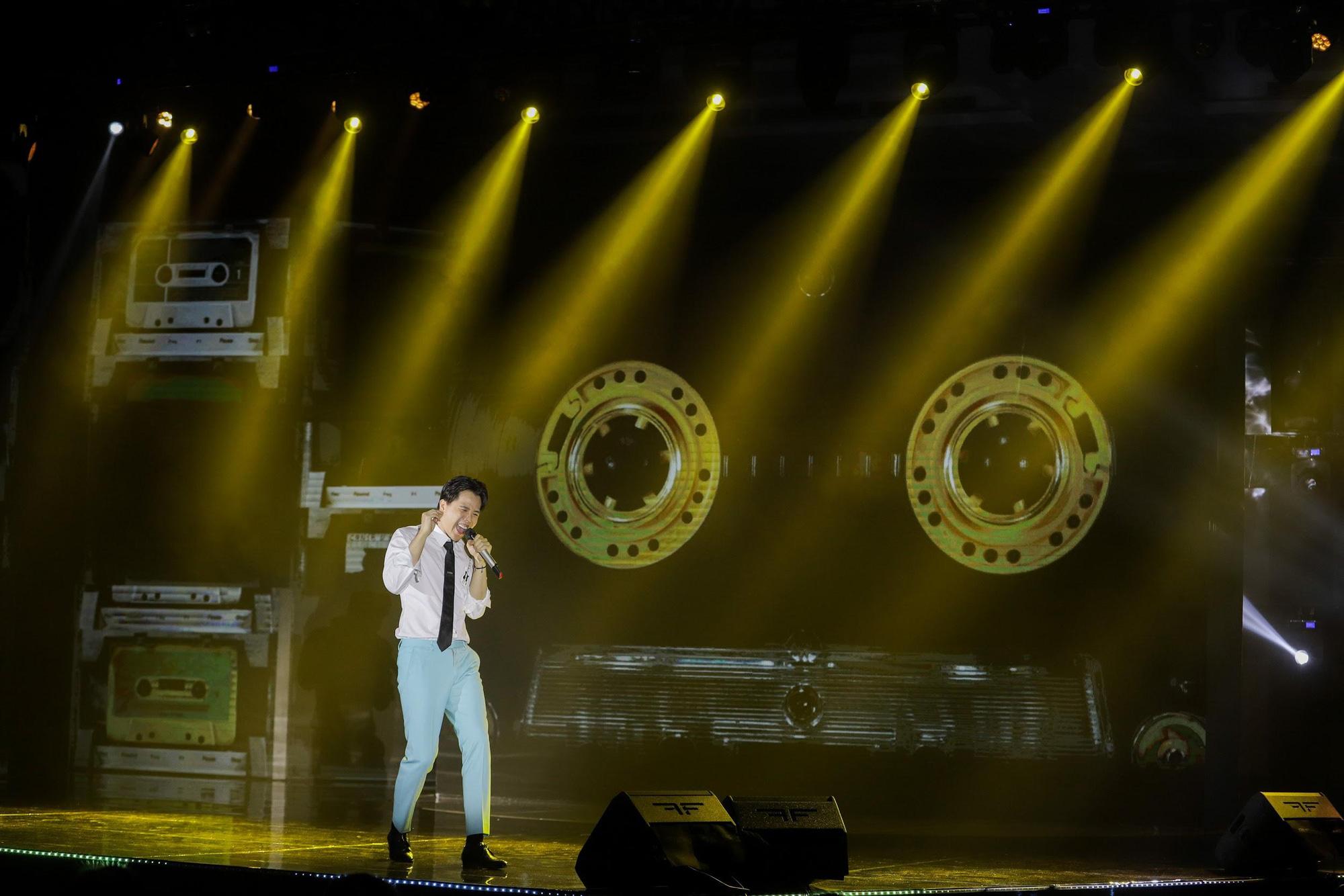 Loạt ảnh mới nhất xinh lung linh của Đông Nhi, Noo Phước Thịnh khiến khán giả trầm trồ trong đêm Gala Secret Concert – Chill Cùng Acecook - Ảnh 9.
