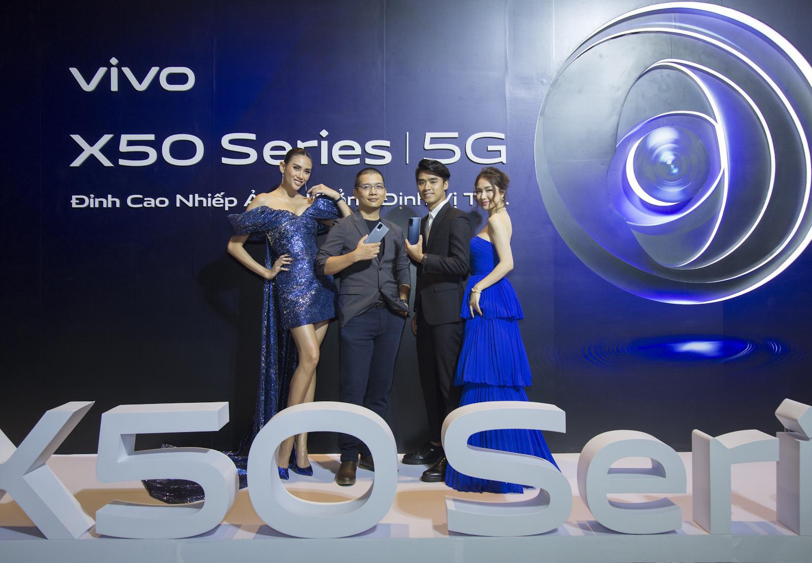 vivo X50 và vivo X50 Pro chính thức ra mắt tại Việt Nam: Camera Gimbal, chụp đêm siêu việt giá 12,99 và 19,99 triệu đồng cho hai phiên bản - Ảnh 1.