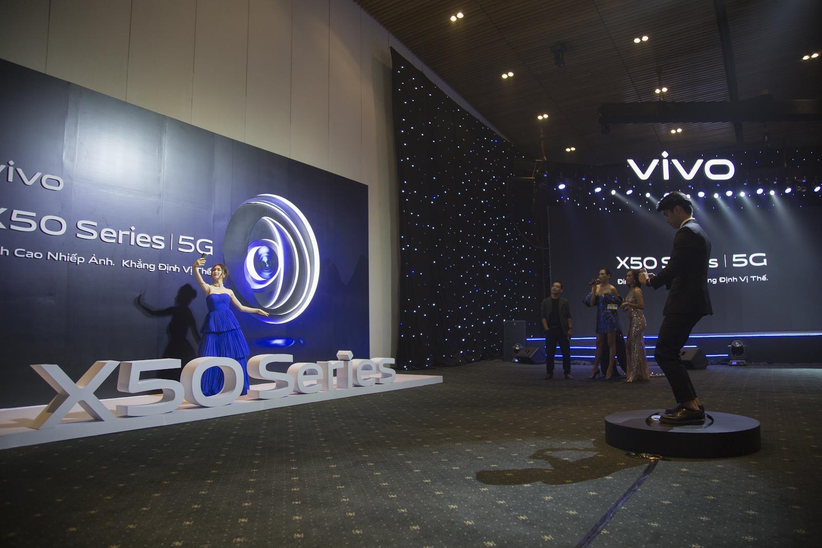 vivo X50 và vivo X50 Pro chính thức ra mắt tại Việt Nam: Camera Gimbal, chụp đêm siêu việt giá 12,99 và 19,99 triệu đồng cho hai phiên bản - Ảnh 2.