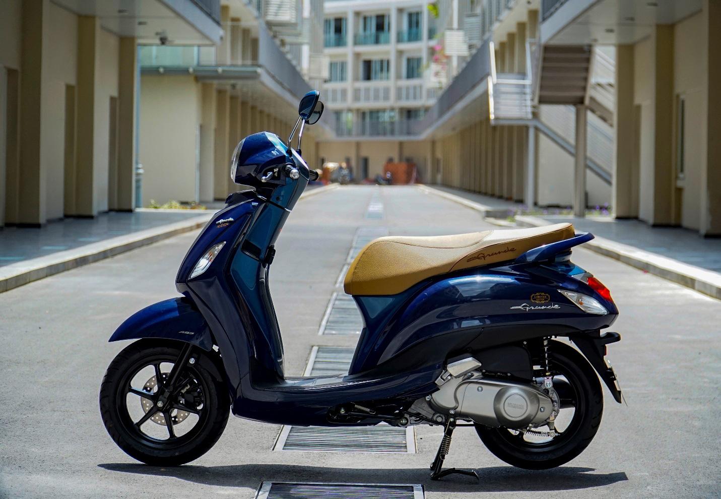 """Đánh giá Yamaha Grande – Có xứng danh """"nữ hoàng"""" xe tay ga tiết kiệm nhiên liệu số 1 Việt Nam? - Ảnh 2."""