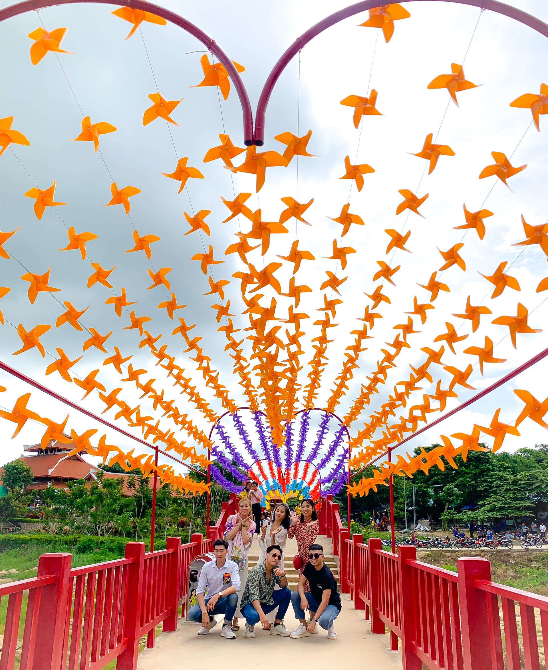 Điểm đến giải nhiệt mùa hè không thể bỏ qua của giới trẻ tại công viên nước Thanh Long Water Park An Giang - Ảnh 7.