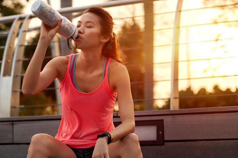 Cẩm nang thiết yếu về cách sử dụng nước tăng lực hiệu quả - Ảnh 3.