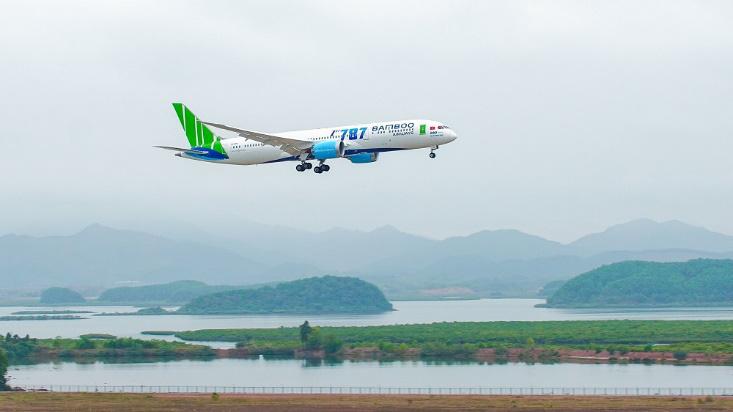 Bamboo Airways chào sinh nhật 2 tuổi với kho hàng triệu vé bay đồng giá từ 18.000 đồng - Ảnh 1.