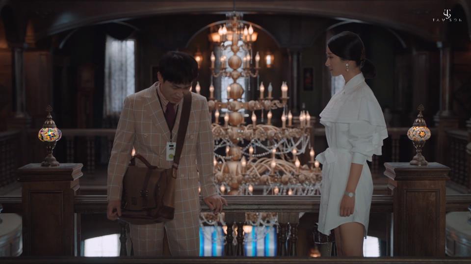 """Choáng toàn tập với loạt trang sức đáng giá gia tài tiền tỉ của điên nữ """"Điên Thì Có Sao"""" Seo Ye Ji - Ảnh 3."""