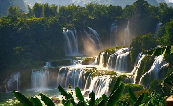 """Bảo Lộc trên đà """"vượt mặt Đà Lạt trở thành thủ phủ kinh tế của Lâm Đồng? - Ảnh 1."""