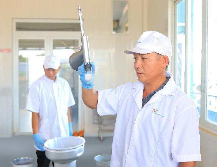 Quy trình sản xuất sữa chuẩn an toàn và thuần khiết hóa ra lại hay ho thế này! - Ảnh 5.