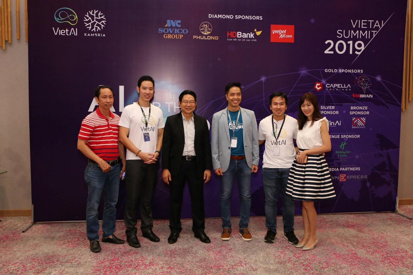 FPT Software hỗ trợ đào tạo nhân lực AI, Machine Learning tại Việt Nam - Ảnh 1.