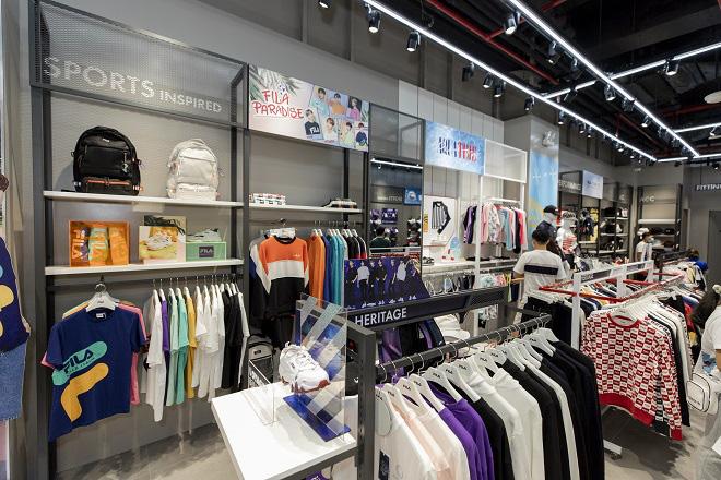 Gil Lê và dàn fashionista Sài thành tụ hội trong ngày FILA ra mắt cửa hàng đầu tiên tại Việt Nam - Ảnh 10.