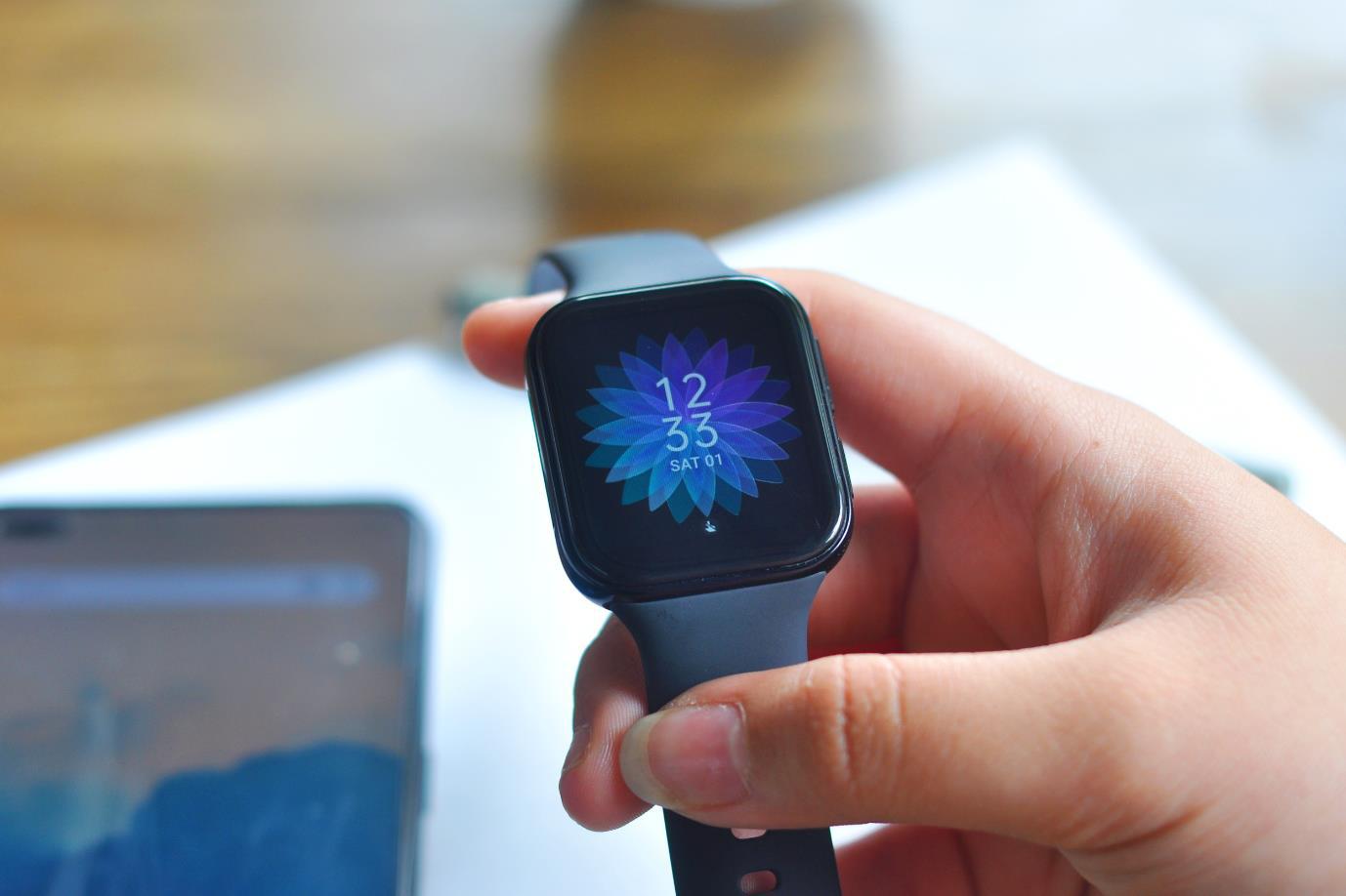 Thiết kế tinh tế, tính năng ấn tượng: OPPO Watch mang đến nhiều lợi ích hơn bạn nghĩ! - Ảnh 2.