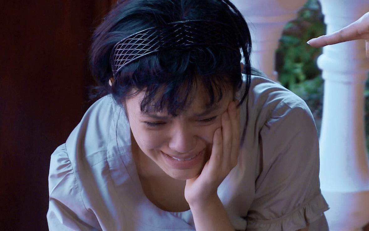 Những người đàn bà bị tha hóa bởi yêu và hận trong Yêu trong đau thương - Ảnh 5.