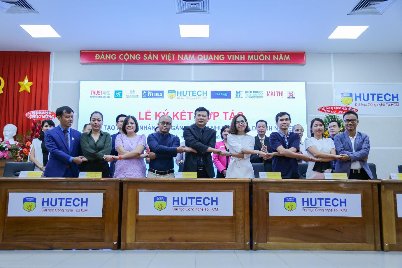 """""""Giải mã"""" sức hút của ngành Logistics & Quản lý chuỗi cung ứng tại HUTECH - Ảnh 2."""
