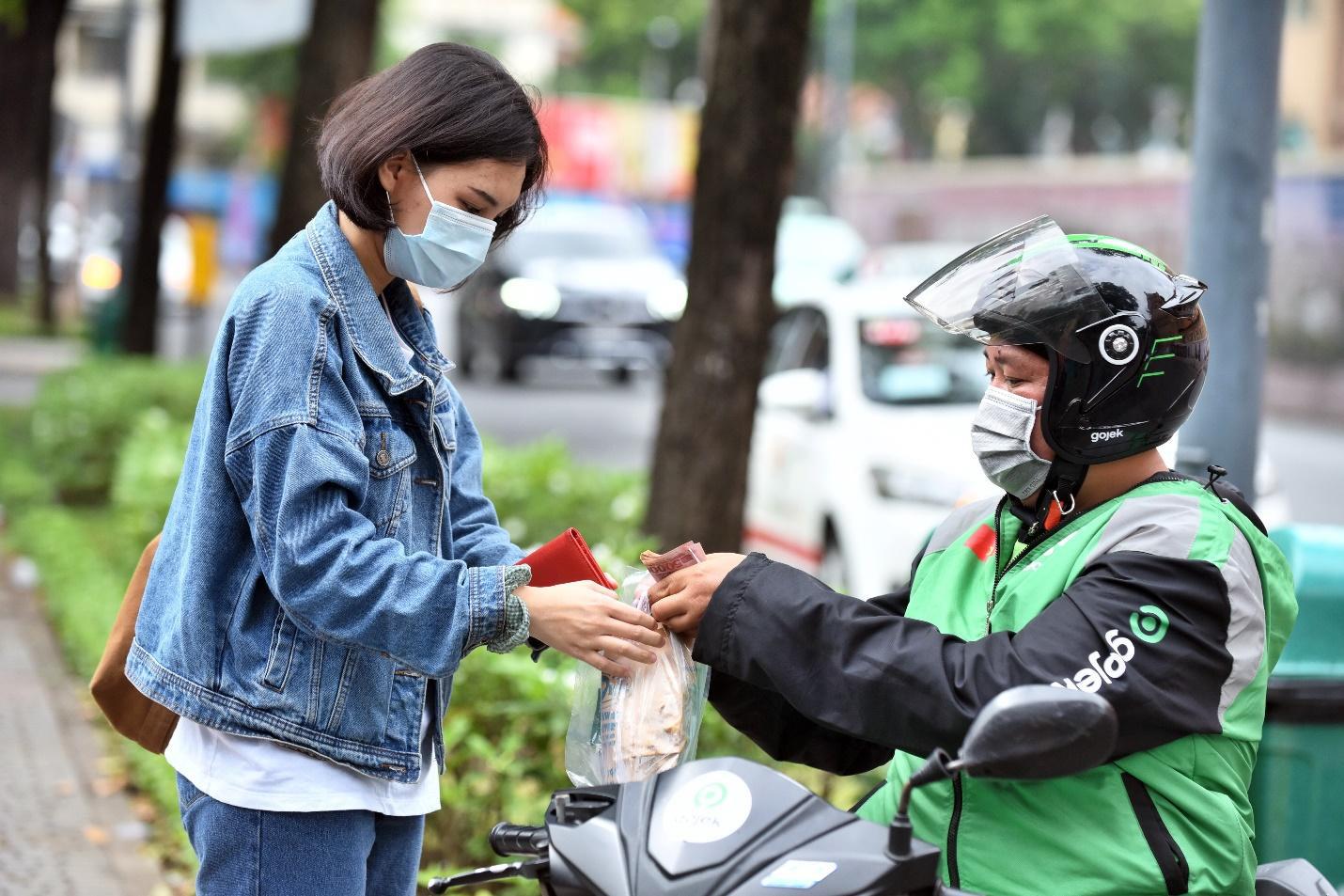 Giao nhận đồ ăn trực tuyến tại Việt Nam có thực sự làm nên chuyện? - Ảnh 1.