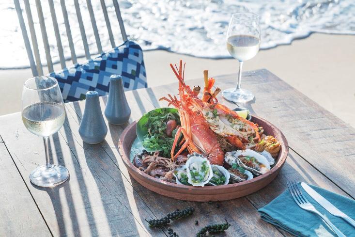 """""""Thưởng thức món ngon, nghỉ dưỡng sang trọng"""" tại InterContinental Phu Quoc Long Beach Resort - Ảnh 4."""