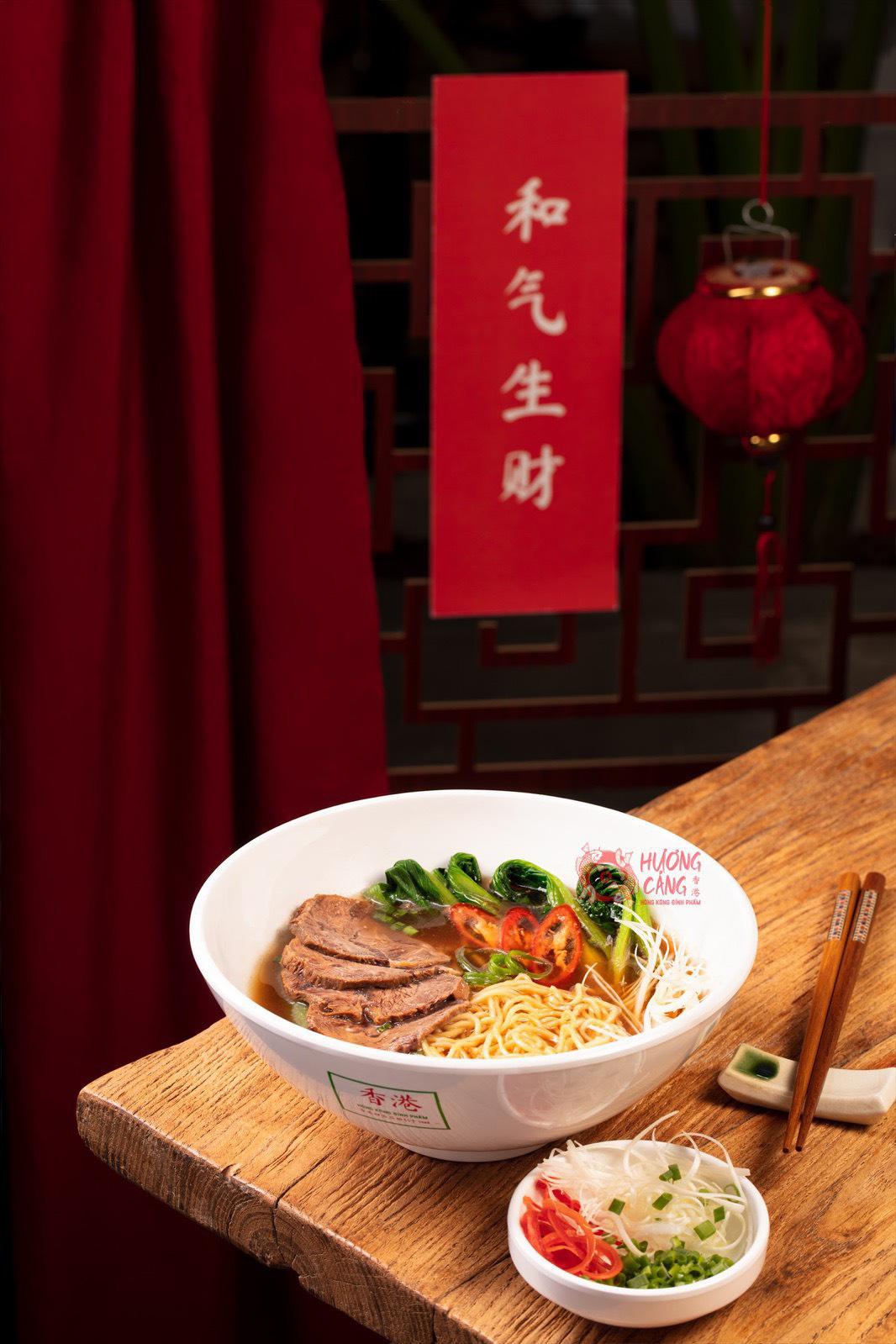 Kỳ lạ dân Sài Gòn nửa đêm xếp hàng ăn món Hoa - Ảnh 3.