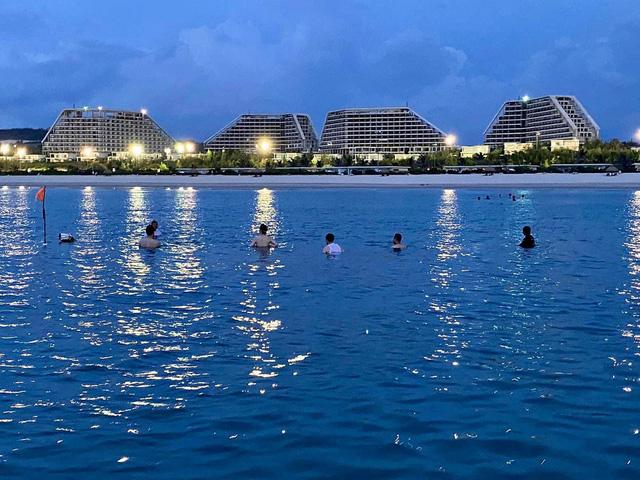 Tập đoàn FLC chuẩn bị khánh thành khách sạn lớn bậc nhất Việt Nam tại Quy Nhơn - Ảnh 4.