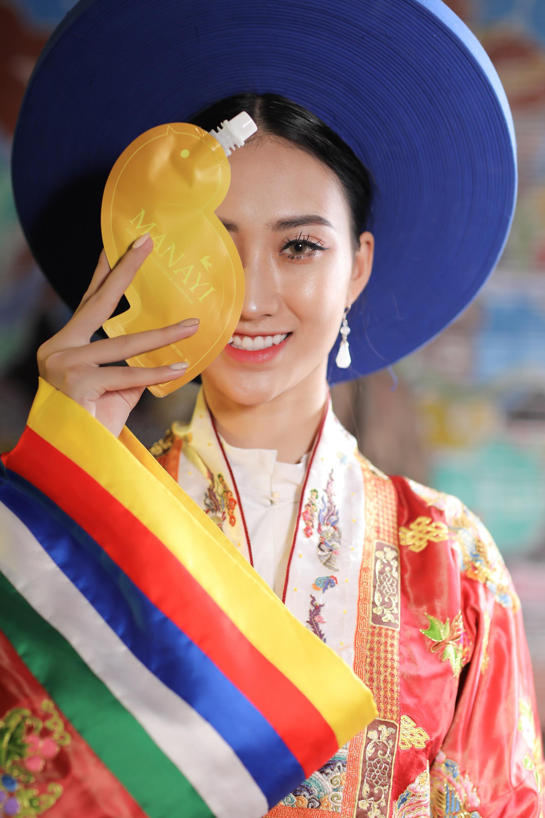 """Ấn tượng bộ ảnh """"Manayi - vàng son một thuở"""" tôn vinh hương sắc đất Việt ngàn năm - Ảnh 6."""