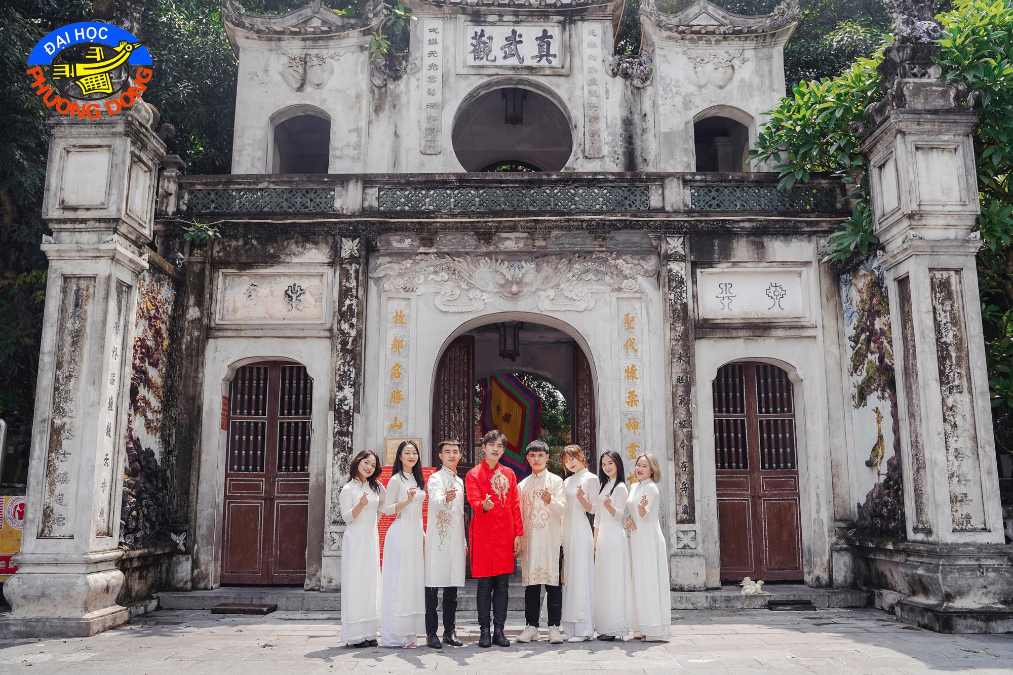 """Sinh viên Hà Nội cùng nhau """"check-in để quảng bá nét đẹp Thủ đô - Ảnh 7."""