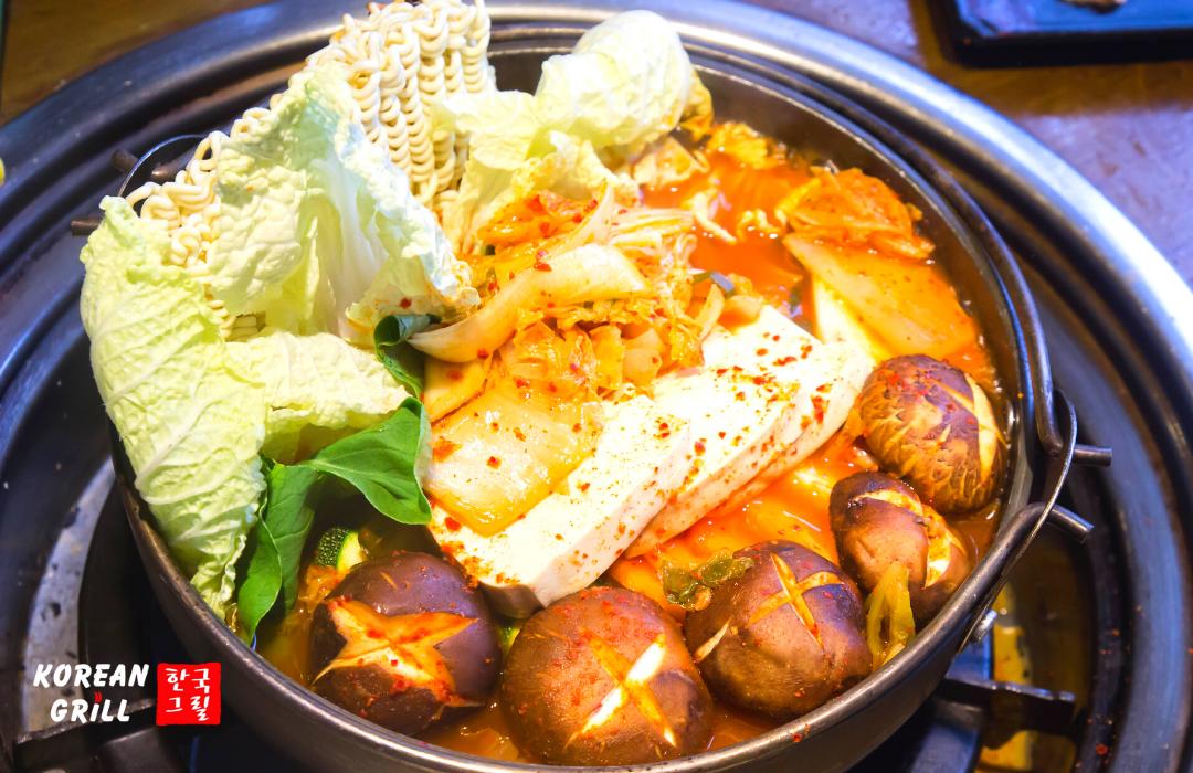 149.000đ với buffet thịt nướng không giới hạn theo phong cách truyền thống Hàn Quốc tại Buzza BBQ (Korean Grill) - Ảnh 6.