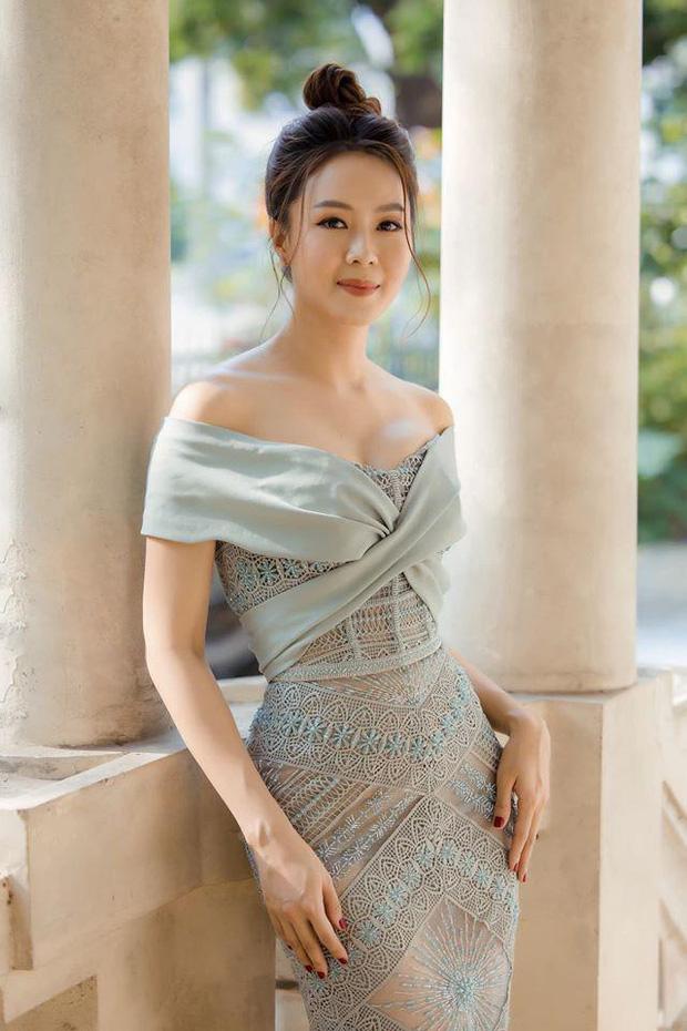 Lột xác đầy tươi trẻ trong phim mới, Hồng Diễm tiết lộ bí mật thêm tự tin và cảm hứng cho vai diễn - Ảnh 3.