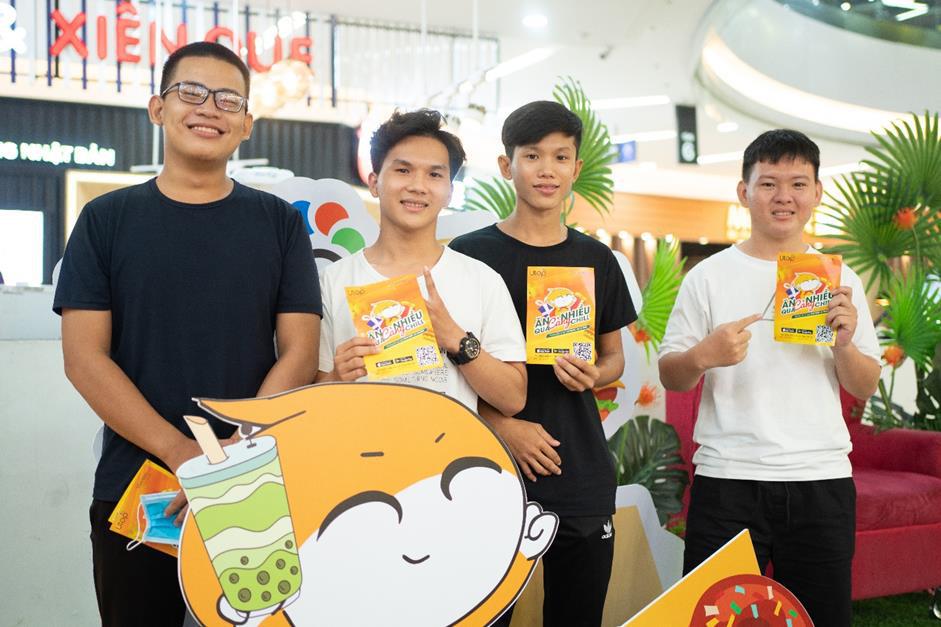 Giới trẻ Sài Gòn đổ xô đến Vạn Hạnh Mall, săn quà cùng Utop - Ảnh 5.