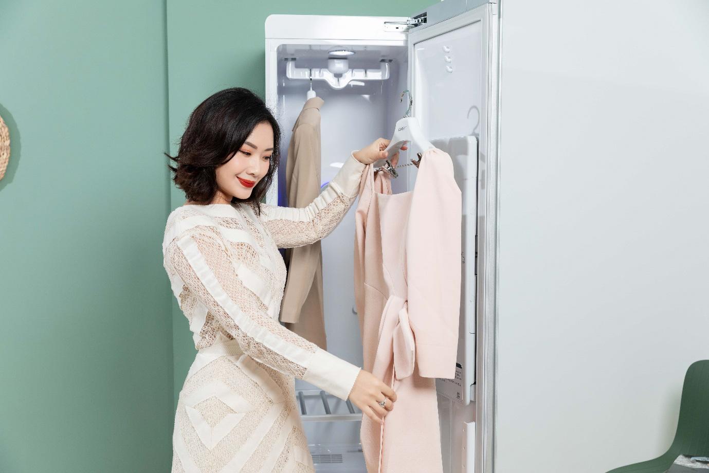 """Stylist Cindy Nguyễn: """"Đẳng cấp của mỗi người không thể hiện ở việc bạn sở hữu bao nhiêu món đồ hiệu"""" - Ảnh 1."""