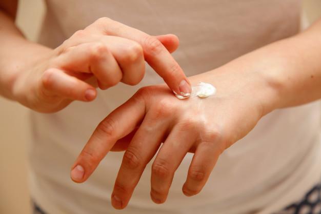 Phân vân chọn sản phẩm dưỡng da cơ thể sáng khỏe, đây là các gợi ý hữu ích dành cho bạn - ảnh 6
