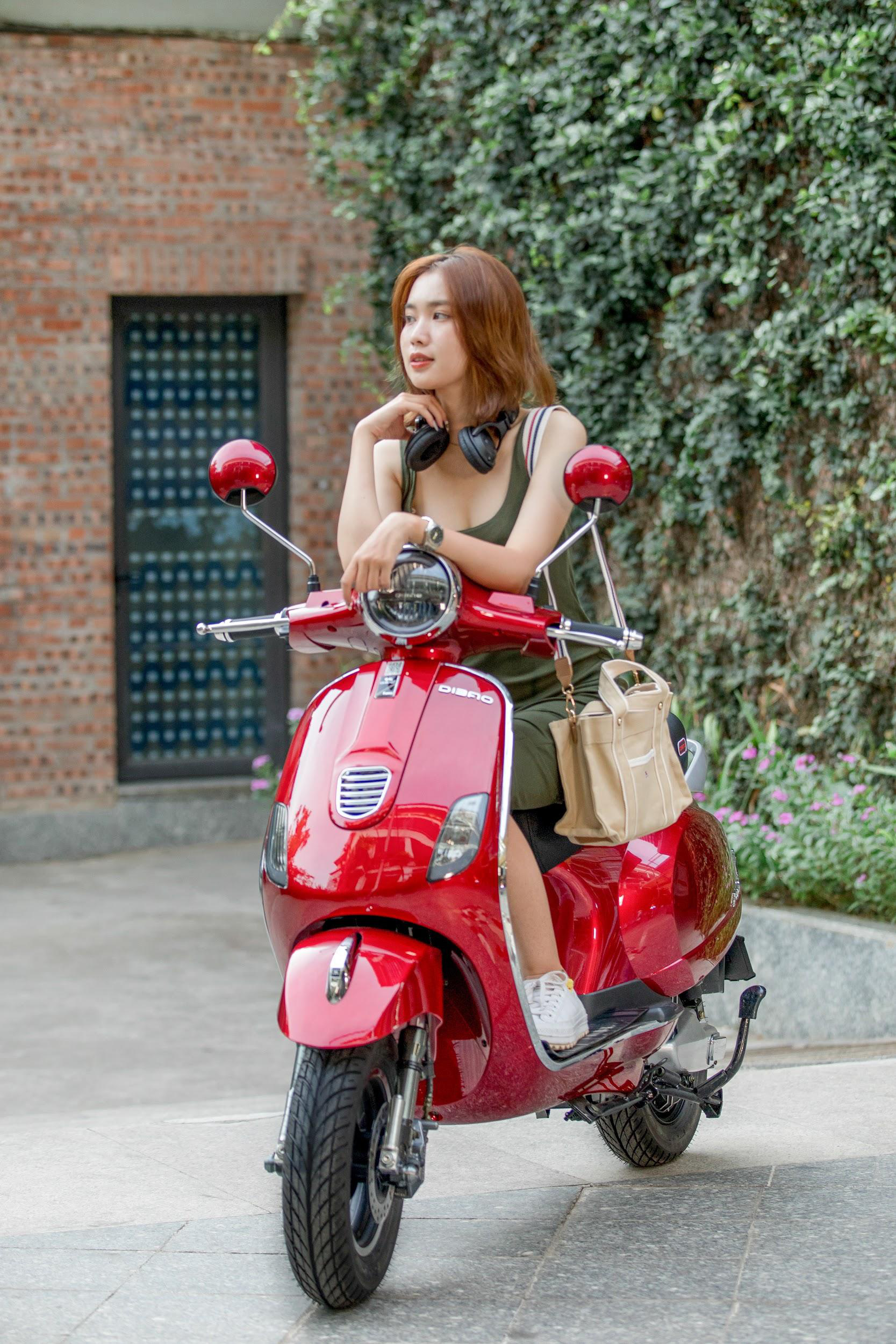 Đẳng cấp xe máy điện bền đẹp: Phụ huynh và học sinh tấm tắc khen ngợi hết lời - Ảnh 5.