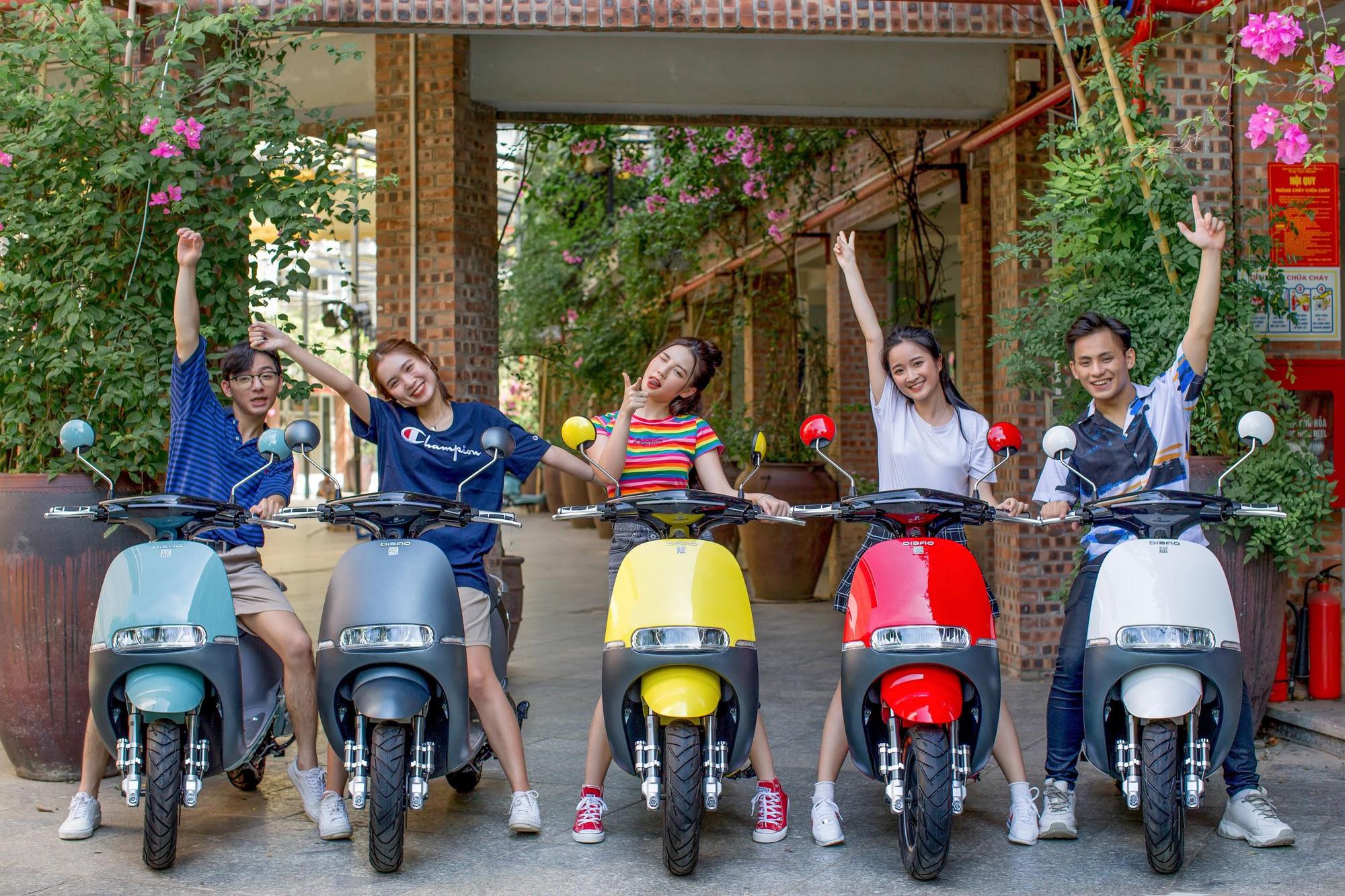 Đẳng cấp xe máy điện bền đẹp: Phụ huynh và học sinh tấm tắc khen ngợi hết lời - Ảnh 6.