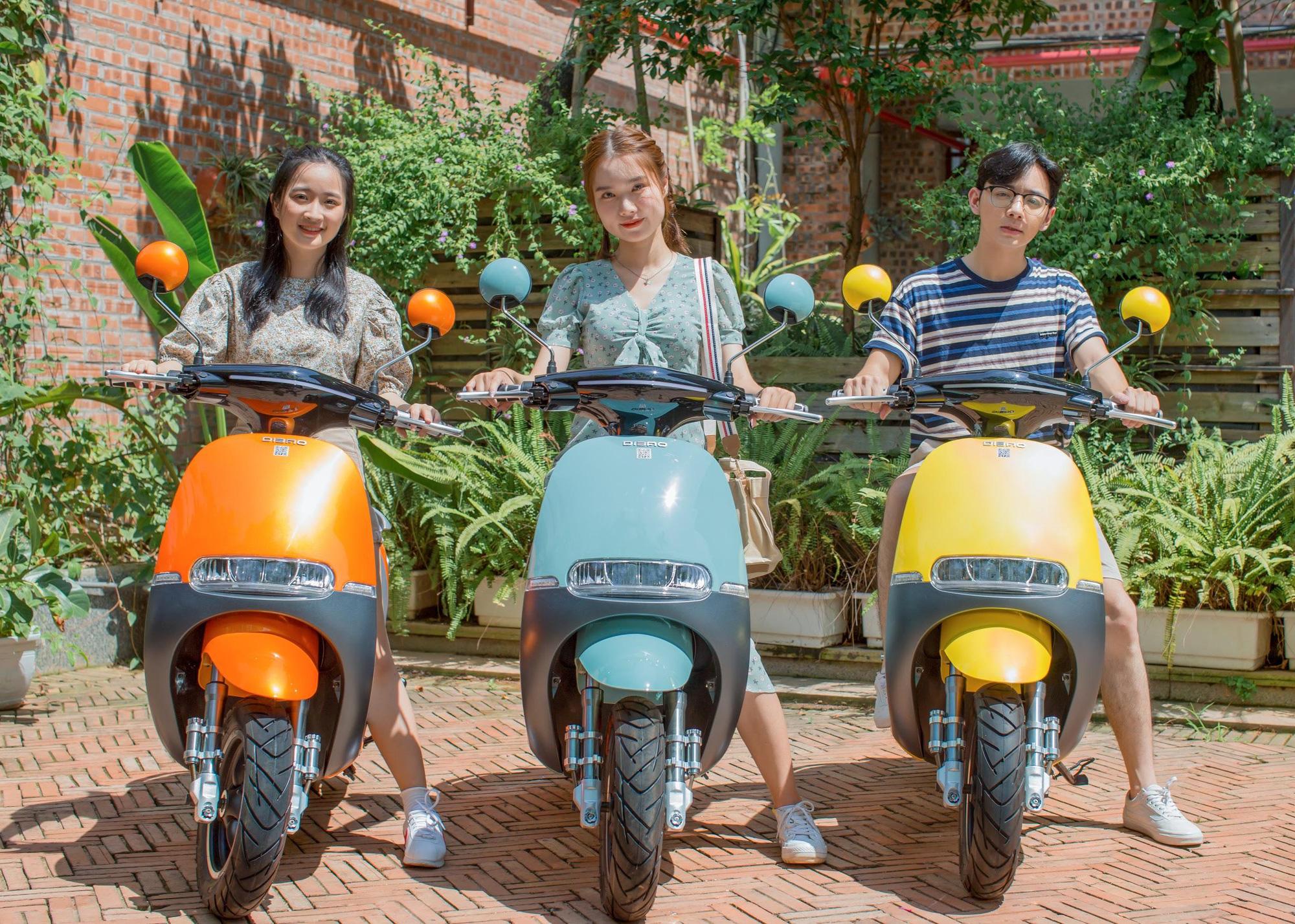 Đẳng cấp xe máy điện bền đẹp: Phụ huynh và học sinh tấm tắc khen ngợi hết lời - Ảnh 8.