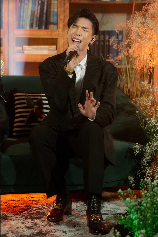 Hồ Ngọc Hà, Erik, Hiền Hồ đổi hit cho nhau tại Private Show khiến fan điên đảo - Ảnh 7.