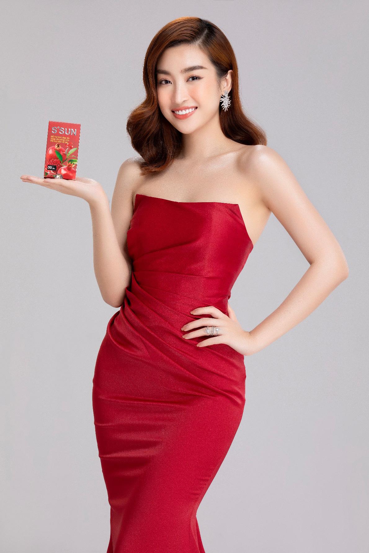 Hoa hậu Đỗ Mỹ Linh livestream chia sẻ bí quyết chăm sóc da từ TPBVSK S'SUN - Ảnh 3.