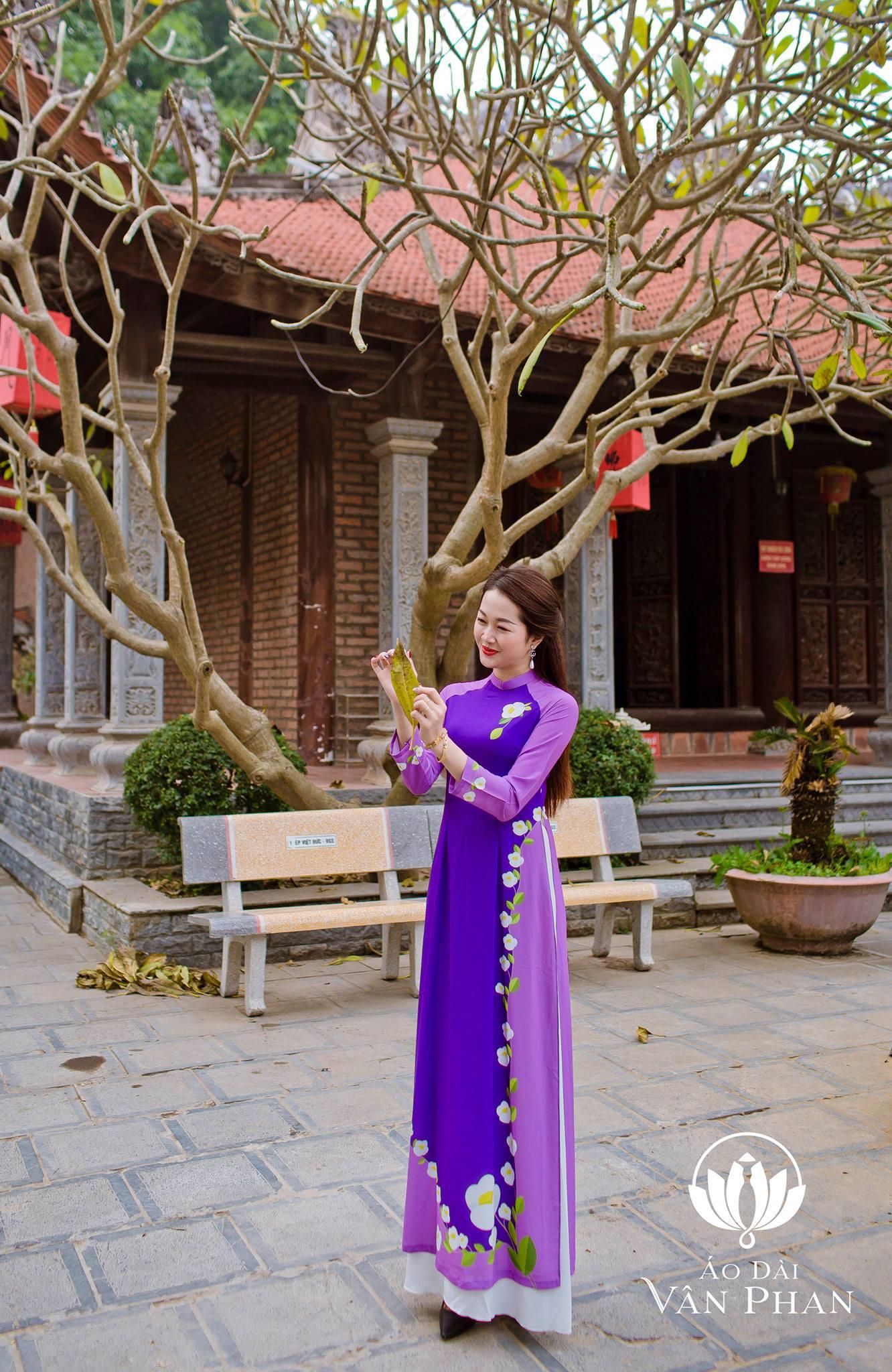Áo Dài Vân Phan - Nơi cập nhật xu hướng thời trang cho phái đẹp - Ảnh 4.