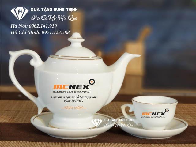 CEO Nguyễn Minh Đoàn chia sẻ quà tặng không chỉ là một món quà mà còn chứa đựng cả một tấm lòng - Ảnh 1.