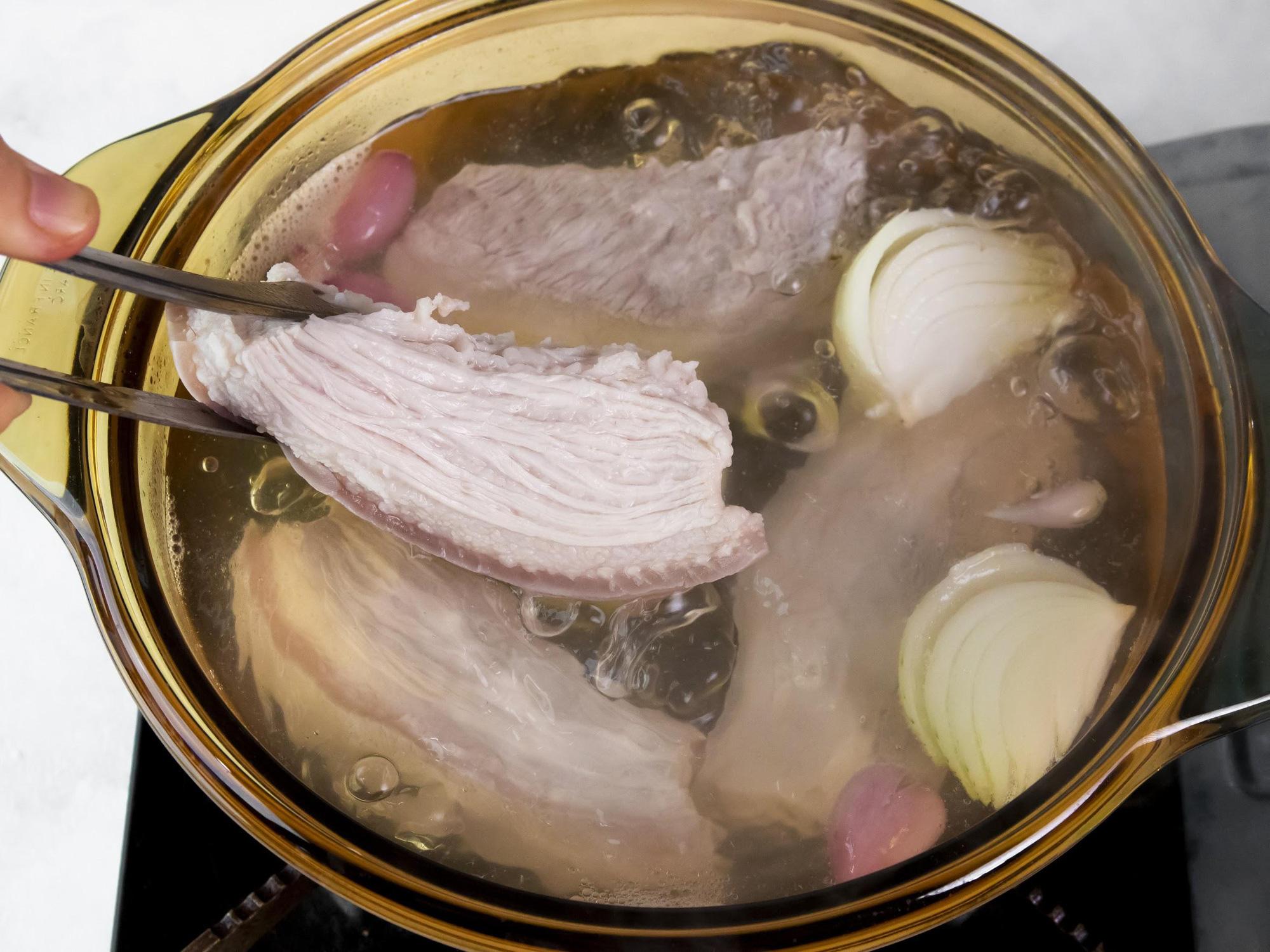 Chống ngấy ngày Tết cực đơn giản với công thức thịt heo ngâm mắm ngon hết sảy từ Helens Recipes - Ảnh 3.