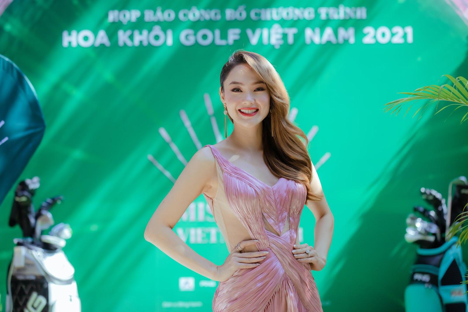 """Minh Hằng ngồi """"ghế nóng"""" cuộc thi Hoa Khôi Golf Việt Nam 2021 - Ảnh 4."""