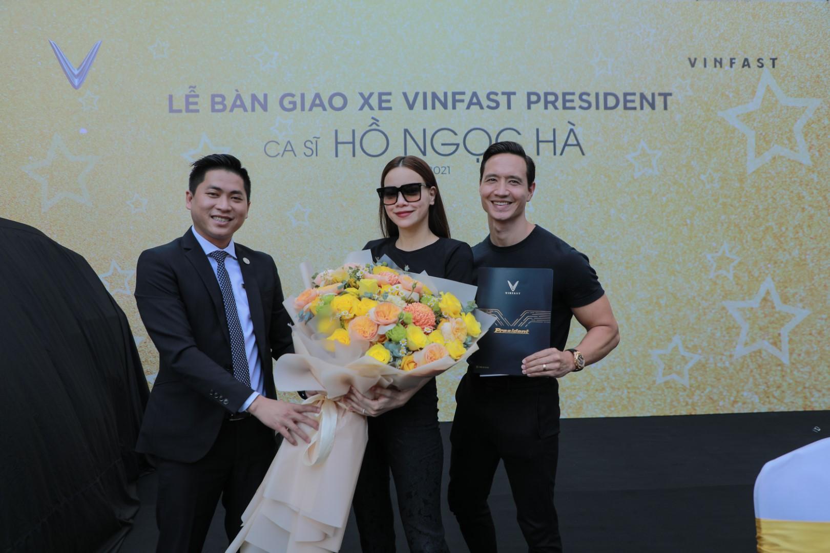 Hà Hồ và Kim Lý tiếp tục ủng hộ thương hiệu Việt khi sở hữu thêm VinFast President - Ảnh 1.