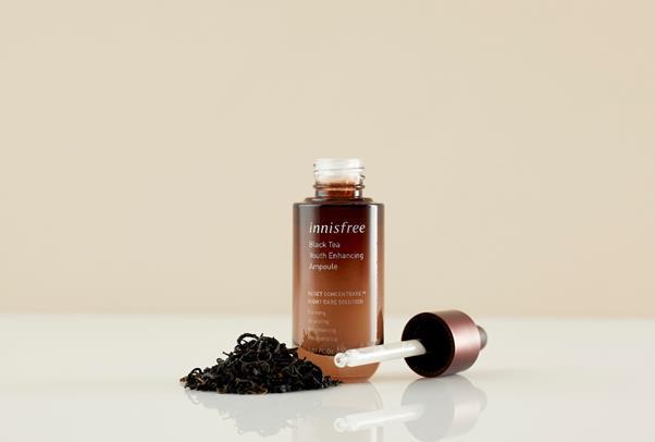 """""""Bắt bệnh"""" làn da cuối năm với quy trình skincare chiết xuất trà đen lên men chuẩn không cần chỉnh - ảnh 5"""