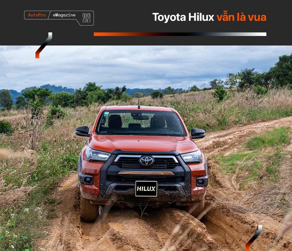 Toyota Hilux mới - Khi 'giá trị cốt lõi' khoác áo mới - Ảnh 4.