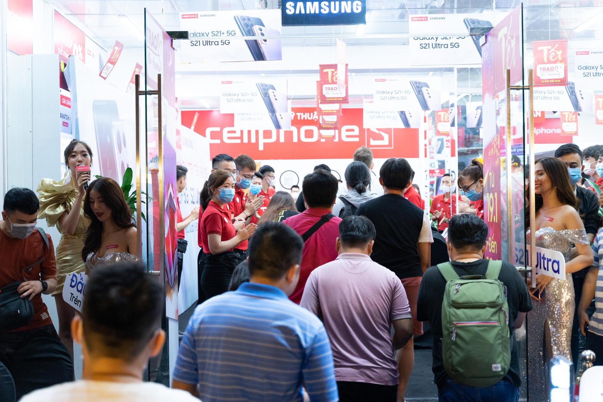 Trở thành nơi mở bán Galaxy S21 đầu tiên trên thế giới: Người dùng Việt Nam đang được Samsung ưu ái hết mực - Ảnh 2.