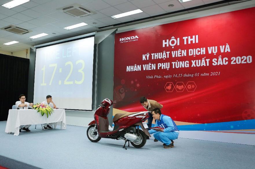 Honda Việt Nam tổ chức vòng chung kết Hội thi kỹ thuật viên dịch vụ và nhân viên phụ tùng xuất sắc 2020 - Ảnh 3.