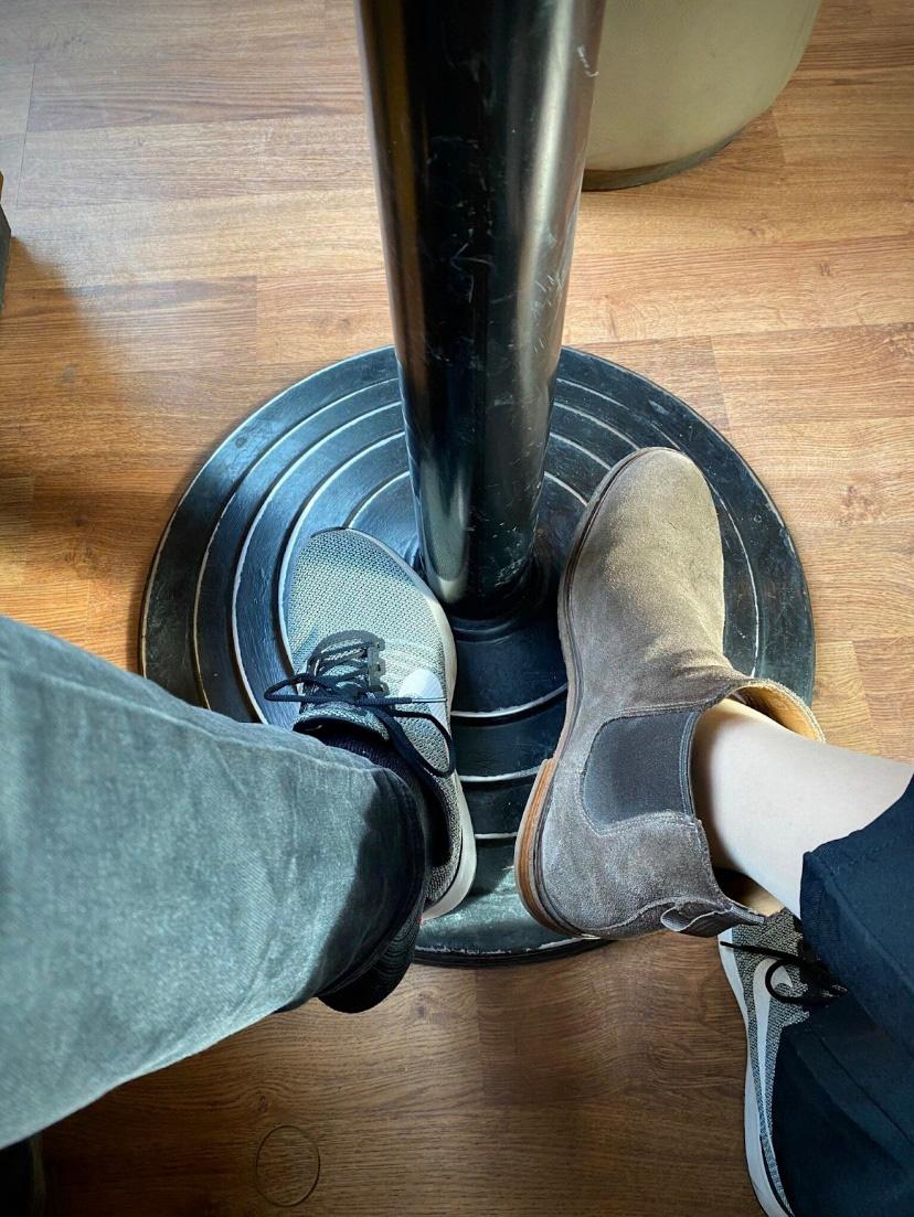 Giới trẻ và trào lưu đổi giày lan tỏa thông điệp thấu hiểu - Ảnh 4.
