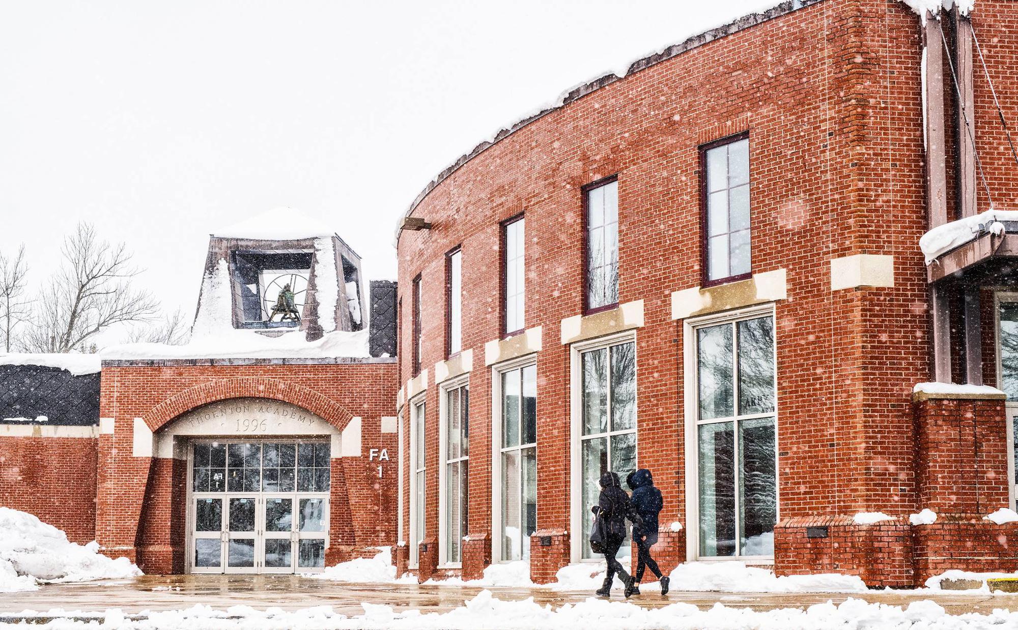 Cơ hội giành học bổng du học Thornton Academy - THPT nội trú hàng đầu bang Maine - Ảnh 1.